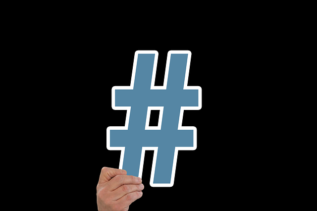 Using Hashtags on Facebook, blue hashtag